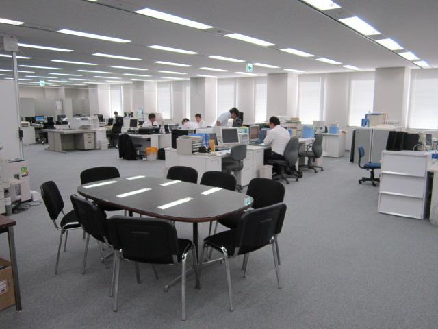大阪事務所内